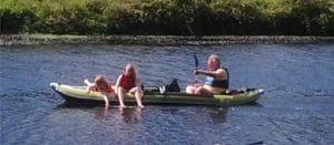 girls_kayak