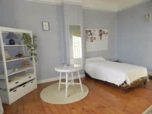 guest_bedroom_0