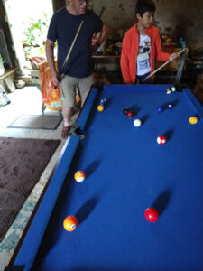 steve and jan playing pool